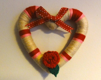 Medium Valentine heart wreath/wall decoration