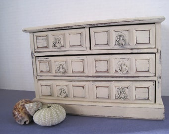 Shabby Cottage Style Old White Ochre Painted Vintage Wood Jewelry Box