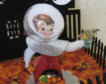 Halloween Bump Chenille Spaceman Paper Doll