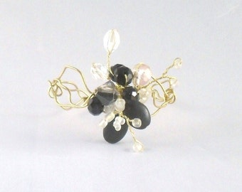 Brass Wire Bracelet with Highlights