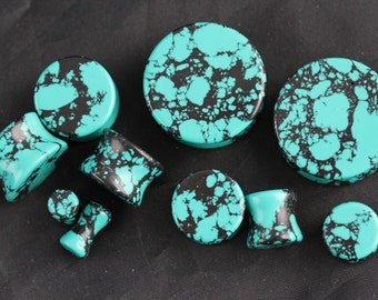 Stretching Howlite Plugs - Black and Teal Ear Plugs - one pair - Ear Plug carved from howlite - stone plugs 5mm - 25mm - PB05