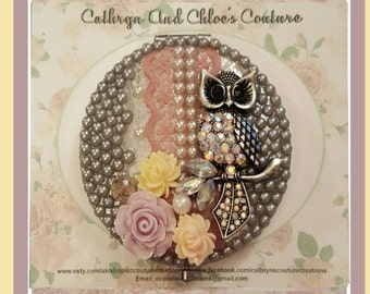 Decorative mirror with diamanté owl and lace design
