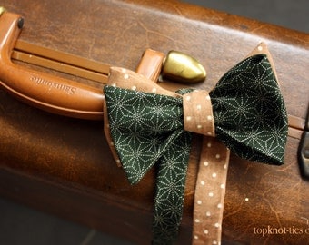 Reversible self-tie bow tie - forest green, caramel polka dot
