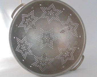 Vintage 50s Aluminum Star Strainer/Colander Country Decor Retro Kitchen