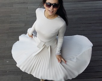 Great pleated dress