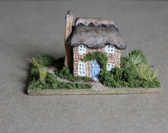 Miniature Cottage, Clay House, Architecture Art, Thatched Roof Cottage, Miniature Diorama, Fairy Tale Art, English Cottage, Miniature House