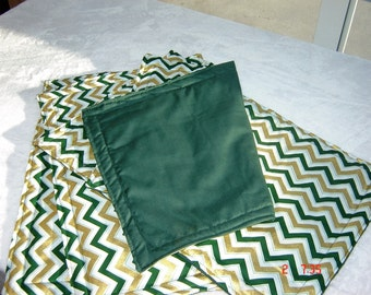 Set of 4 Green Gold Chevron Pattern Reversible Placemats,Holiday Placemats,Christmas Placemats,Green Placemats,Gold Placemats