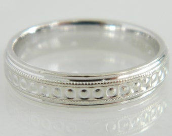 Beautiful Vintage 14K White Gold Wedding Band size 5.25