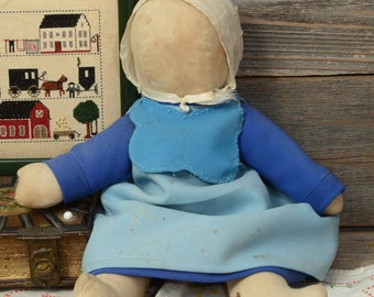 VINTAGE AMISH  DOLL. Handcrafted cloth doll in traditional dress.