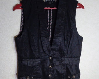 Women Vest Romantic Comfortable Medium Size Made In Germany