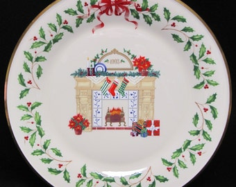 LENOX 1993 ANNUAL HOLIDAY Collector's Plate Fireplace with Original Box