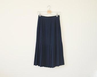 70s pleated midi skirt / high waist skirt / vintage navy skirt