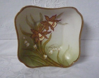 "Vintage Noritake China Daffodil and Lilies of the Valley Pin Dish 1920s/30s 4 1/2"" 11.5cms"