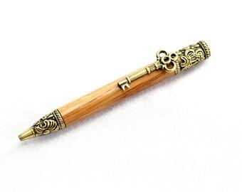 Handmade Skeleton Key Twist Pen #725