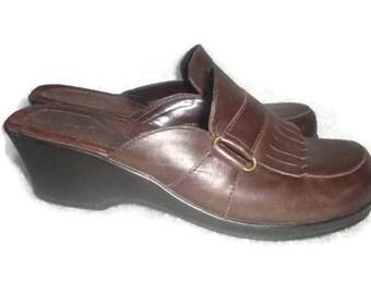 vintage side buckle mules clogs leather TASSEL KILTIE vamp indie boho women size 9 us