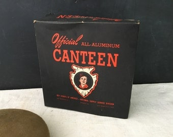 Boy Scout Canteen 1940s in Original Box - BSA - Prop - Vintage Boy Scout Collectible - Display - Camping
