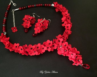 Flower Necklace, Fall Necklace, Red Necklace, Red Flower Necklace, Floral Jewelry, Romantic Jewelry, Polymer Jewelry, Jewelry Flowers