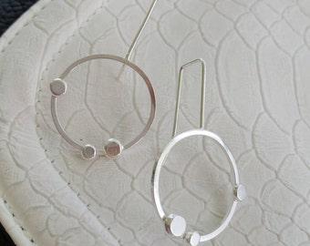Sterling silver dangle circular earrings
