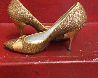 1950s Schiaparelli Gold Heels Size 6