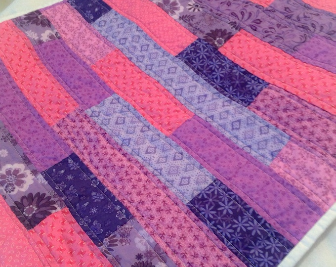 Doll quilt, small quilt