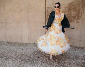 Vintage Yellow Floral Ruffle Dress (Size M)
