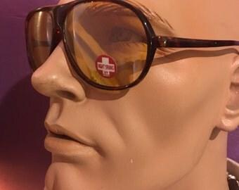 Vintage 1980's aviator yellow lens night driving glasses/sunglasses. Free shipping!