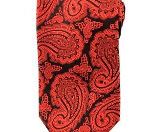 Mens Necktie Red Black Paisley 8.5cm necktie. Party Tie.Casual Tie.Handmade Tie. Formal Tie. Business Tie.Wedding tie
