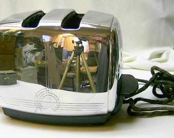 Vintage Sunbeam Chrome Toaster Model T-20-B from the 50's