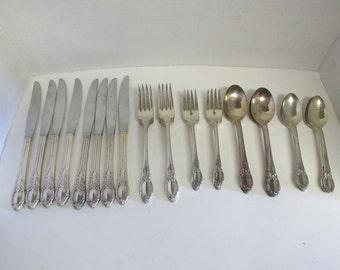 Vintage WM Rogers AA Oneida LTD Flatware Set of 40 Pieces Butter Knives Spoons Forks