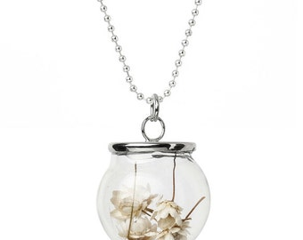 Glass globe necklace with dried flowers (A 1036)