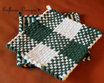 Handwoven Trivet / Potholders Large / Green & White Pot Holders / Hot Pad or Trivet / Retro Kitchen Chef Gift Mom / Handmade Loom Pot Holder