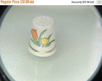 SPRING PRICE BREAK Porcelain Tulip Gold Trim Thimble