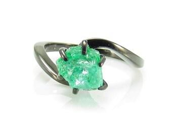 Raw Emerald Ring, Rough Emerald Ring, 2.00 Carat Uncut Emerald Ring, Anniversary Ring, Engagement Ring, Black Gold Ring