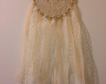 Doily dreamcatcher with lace and tulle