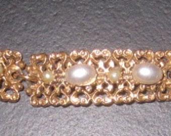 Vintage Signed Florenza Faux Pearl Bracelet