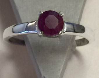 Gorgeous 1ct Ruby 925 Solid Sterling Silver Solitaire Ring sz 5.75