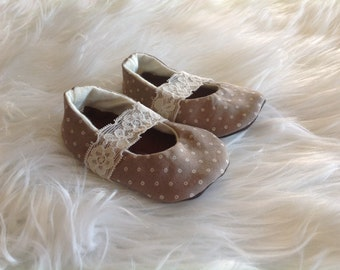 Grey dot mary jane baby shoes, reclaimed leather, baby booties, Mary Janes, leather baby shoes