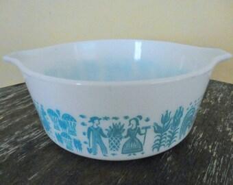 Pyrex 1.5 Pint Butterprint Cinderella Bowl Casserole Dish 472