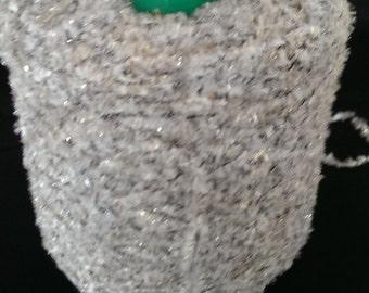 1 spool 0,9 kg chenille yarn  Nm 0,7 light silver grey gold 700 m/kg on cone