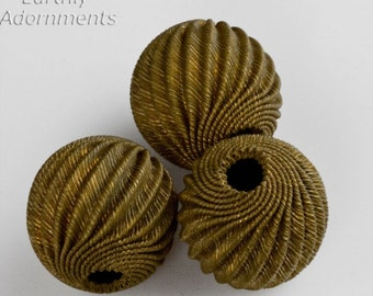 Vintage corrugated hollow brass swirled melon bead. 15mm. Package of 2. b18-0407(e)