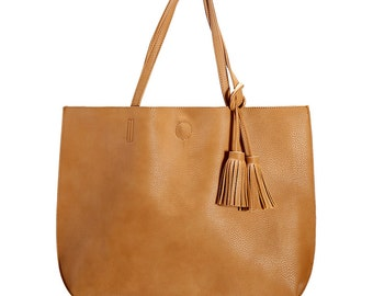 Tassel bag Tan