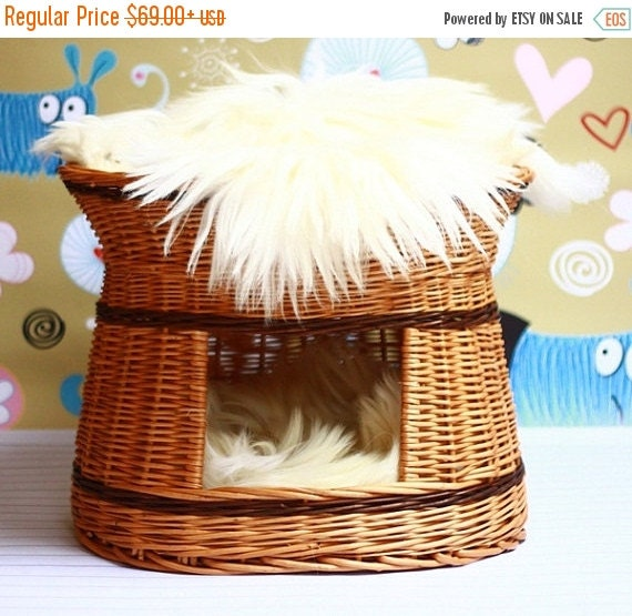 on sale wicker cat bed cat cave pet bed cat by naturalsheepskin. Black Bedroom Furniture Sets. Home Design Ideas