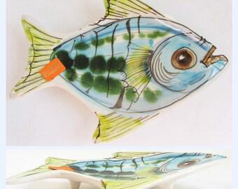Vintage hand painted majolica Maltija art pottery Fish dish / bowl, stamped