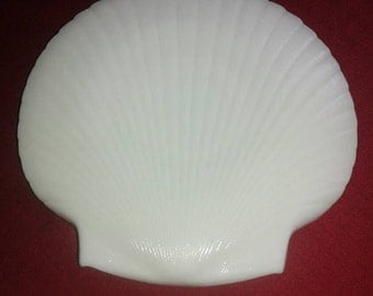 Milk Glass Scallop Shell Plates