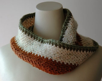 Soft wool infinity scarf / striped cowl / handspun wool / green, cream, rust / mens cowl