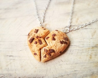 Heart cookie friendship necklace, cookie necklace, food pendant, food jewelry, kawaii necklace, best freind keychain, bff necklace, charms