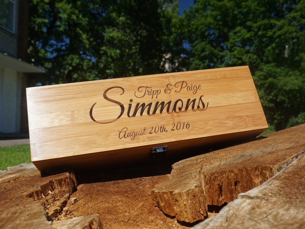Engraved wood wine boxes custom wedding wine box for Timber wine box