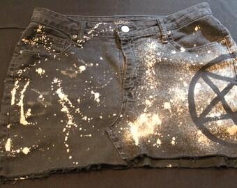 Splattered Pentagram Pentacle Ripped Black Denim Jean Skirt Size 12