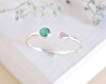 Emerlad Ring, Sterling Silver Ring, Silver Emerald Ring, May Birthstone Ring, Gemstone Ring, Emerald Stacking Ring, Adjustable Ring, Silver