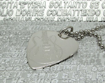 Engraved sterling silver plectrum